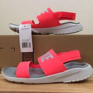 Nike Women's Tanjun Sandal